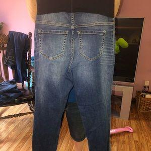 Liz Lange Jeans - size small